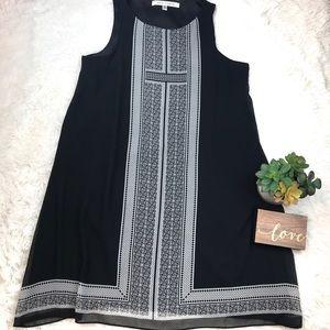 MAX STUDIO Sleeveless Trapeze Black Dress